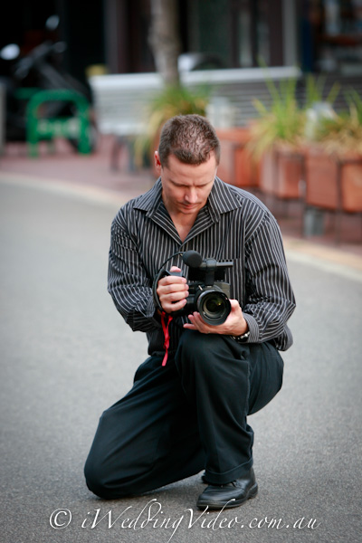 wedding videographer in perth recording